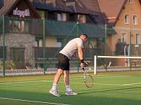Multifunkční hřiště s tenisovým kurtem - Boží Dar