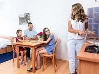 Rodinné ubytování - 3-6 lůžkový apartmán - Boží Dar