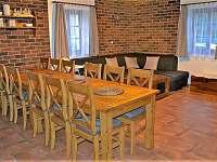 Kuchyň s obývacím pokojem - chata k pronájmu Loučná pod Klínovcem - Háj