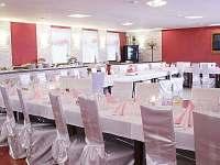 Svatební hostina - ubytování Bečov