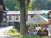Zahrádka restaurace Druhý Mlýn - ubytování Bečov