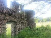 Königsmühle - 1 km od chaty - zaniklá vesnice