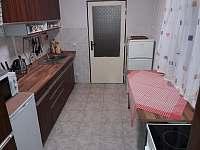 kuchyně - chata k pronajmutí Abertamy - Vršek