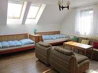 Obývací pokoj apartmánu - rekreační dům ubytování Tisá