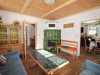 Obývací pokoj - chalupa k pronájmu Abertamy