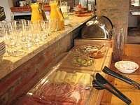 Snídaně v restauraci Ellen - pronájem apartmánu Abertamy