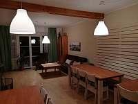 Společenska místnost 2 - chalupa ubytování Pernink