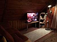 Chalupa Klíny - ložnice s TV - pronájem