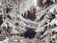 Chalupa Klíny v zimě - k pronájmu