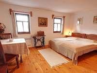 Velká ložnice dvoulůžková