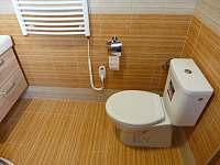 Záchod - Lípa