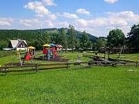 100m dětské hřiště - Abertamy