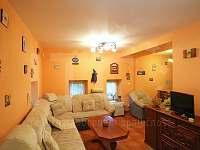 Chalupa 1 obývací pokoj