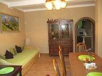 obývací pokoj - rekreační dům k pronajmutí Merklín