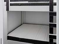 4+1 ložnice - dvojtá poschoďová postel - chata k pronajmutí Loučná pod Klínovcem