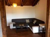 obývací pokoj - chata k pronájmu Horní Halže