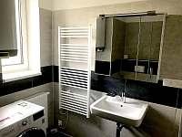 koupelna - apartmán ubytování Loučná pod Klínovcem