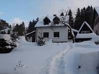 Chalupa v zimě - když je sníh :)