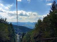 lanovka na Komáří Vížku - celoročně v provozu, 15 minut na hřeben Krušných hor - Krupka