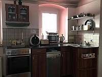 kuchyň - pronájem vily Nejdek