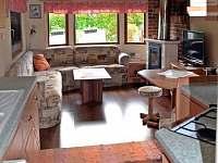 obývak s kuchyňkou