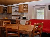 Apartmán č.3 - obývací pokoj s kuchyní - pronájem chalupy Loučná pod Klínovcem - Háj