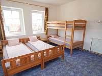1. patro - pokoj pro 4 osoby - pronájem chalupy Abertamy