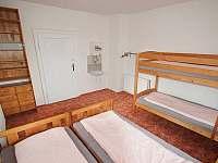 1. patro - pokoj pro 4 osoby - chalupa ubytování Abertamy