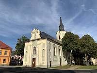 Kostel sv. Petra a Pavla Hroznětín - 50m od vás - apartmán ubytování Hroznětín