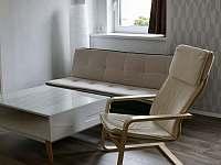 Obývací pokoj č.1 - chalupa k pronajmutí Hroznětín