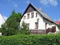 Emily House v létě
