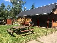 přední zahrada - pergola - ubytování Kytlice
