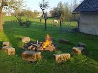 Ohniště - zahrada