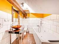 Koupelna apartmán Pumphut - k pronájmu Jiřetín pod Jedlovou