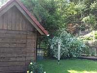 Zahrada - chalupa ubytování Horní Prysk
