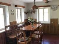 Jídelní kout v kuchyni - pronájem chalupy Jitrava