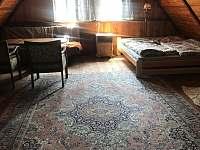 Ložnice 1 - chalupa k pronájmu Jitrava