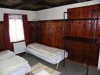 čtyřlůžkový pokoj č.1 - chalupa ubytování Jiřetín pod Jedlovou