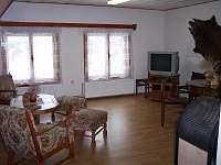 Obývací pokoj 1 - chalupa ubytování Dolní podluží