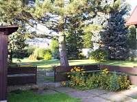 Zahrada - chalupa k pronajmutí Dolní podluží