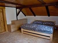 Chalupa pro děti 214 - baráček horní patro pokoj č.6.