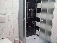 Chalupa pro děti - baráček spodní patro koupelna
