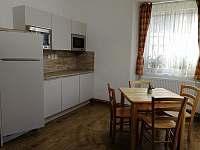 Kuchyň - chalupa k pronájmu Jítrava