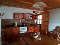 Prostorná a vybavená kuchyň