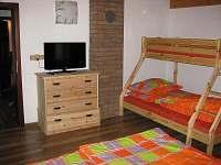 ložnice přízemí - chata ubytování Jiřetín pod Jedlovou