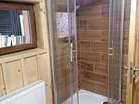 koupelna v patře - pronájem chaty Kytlice
