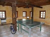přízemí - stolní tenis