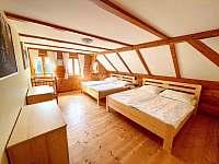 2. Ložnice pro 4 osoby - chalupa ubytování Dolní Světlá