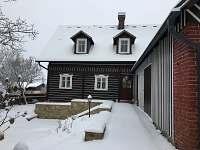 Chalupa v zimě - ubytování Rozstání v Podještědí