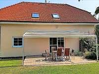 Rodinný dům s bazénem u Dobřichovic